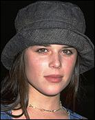 nevecampbell.jpg (5718 bytes)